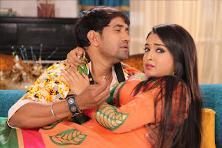 Dinesh Lal Yadav Nirahua and Amrapali Dubey film Nirahua Rikshawala 2 Bhojpuri Movie Shooting stills Picture 12.jpg