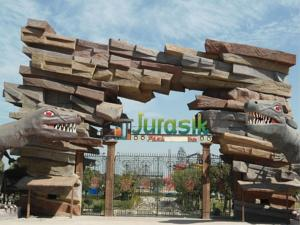 review of jurasik park inn jurassic waterpark amusement