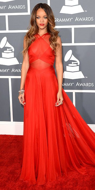 2013 Grammys dresses, Rihanna Grammys dress, Alaia