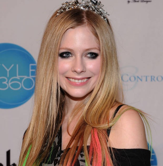 avril lavigne biography Avril lavigne's biography you can find info that includes net worth, salary, house , cars, affairs, boyfriend, married, husband, divorce, awards,.