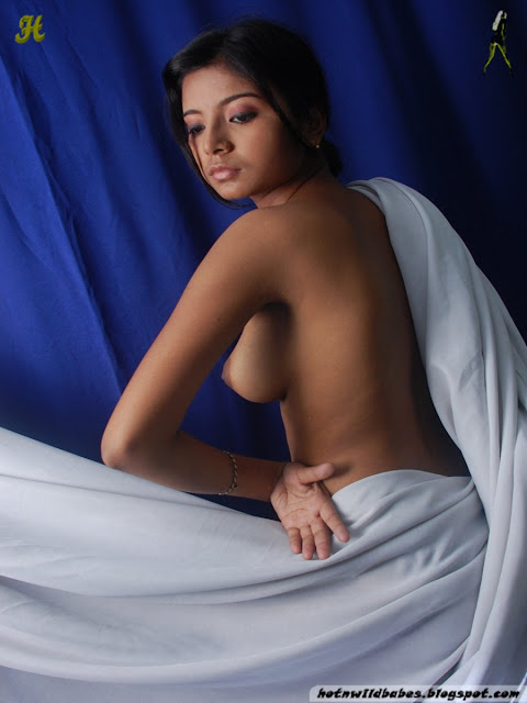 Homely Girl Nude