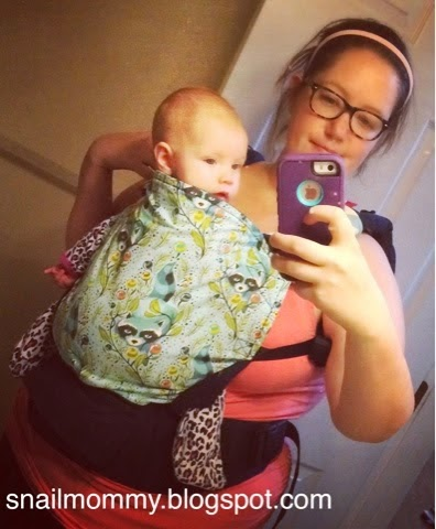 babywearing_family_mom