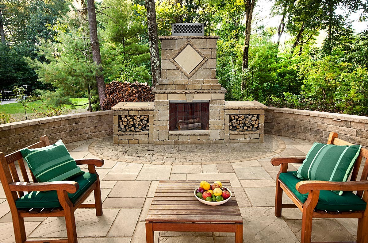 Custom stoneworks design inc foyer outdoor fireplace for Outdoor foyer ideas