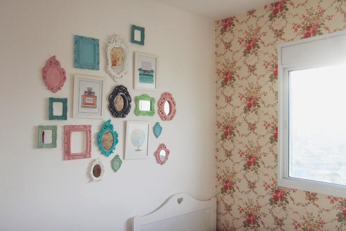 Quarto Sala E Um Cachorrinho Letra ~ Decora??o Uma parede, muitos quadros  Luxo Comum
