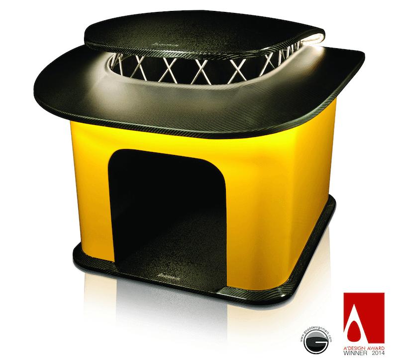 カーボンファイバー製の犬小屋