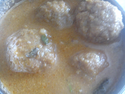 Mutton Keema Balls Curry / Minced Mutton Balls Curry