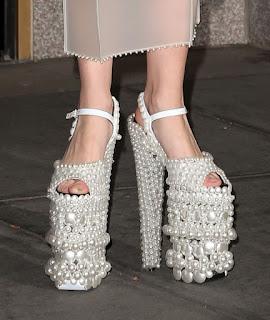 Zapato altos con perlas