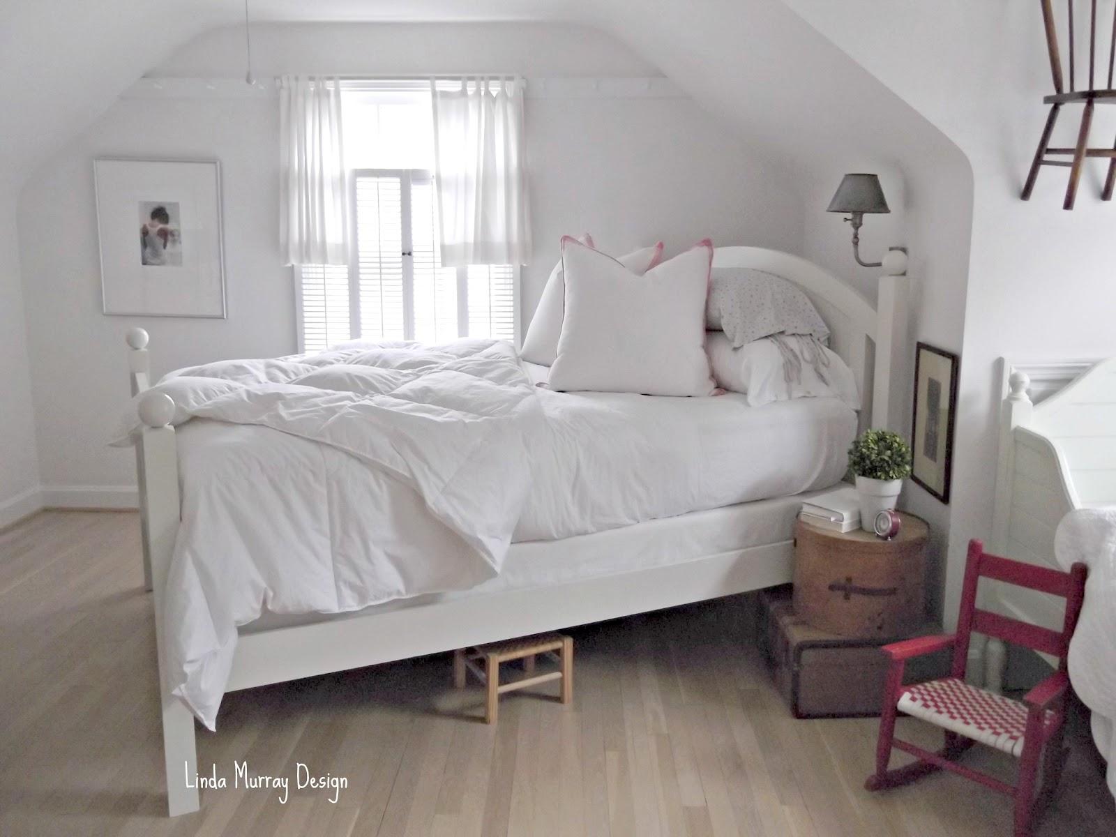 What 39 S Old Is New Linda Murray Design White Bedroom