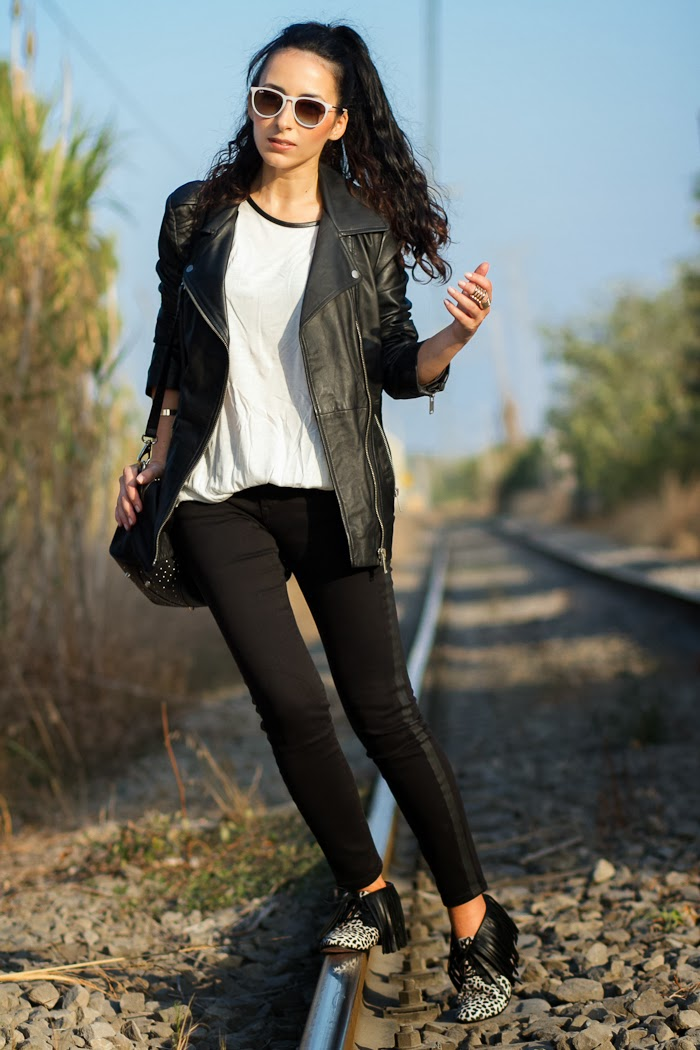 Black Oversized biker leather jacket by Zara and Myblüchers Booties