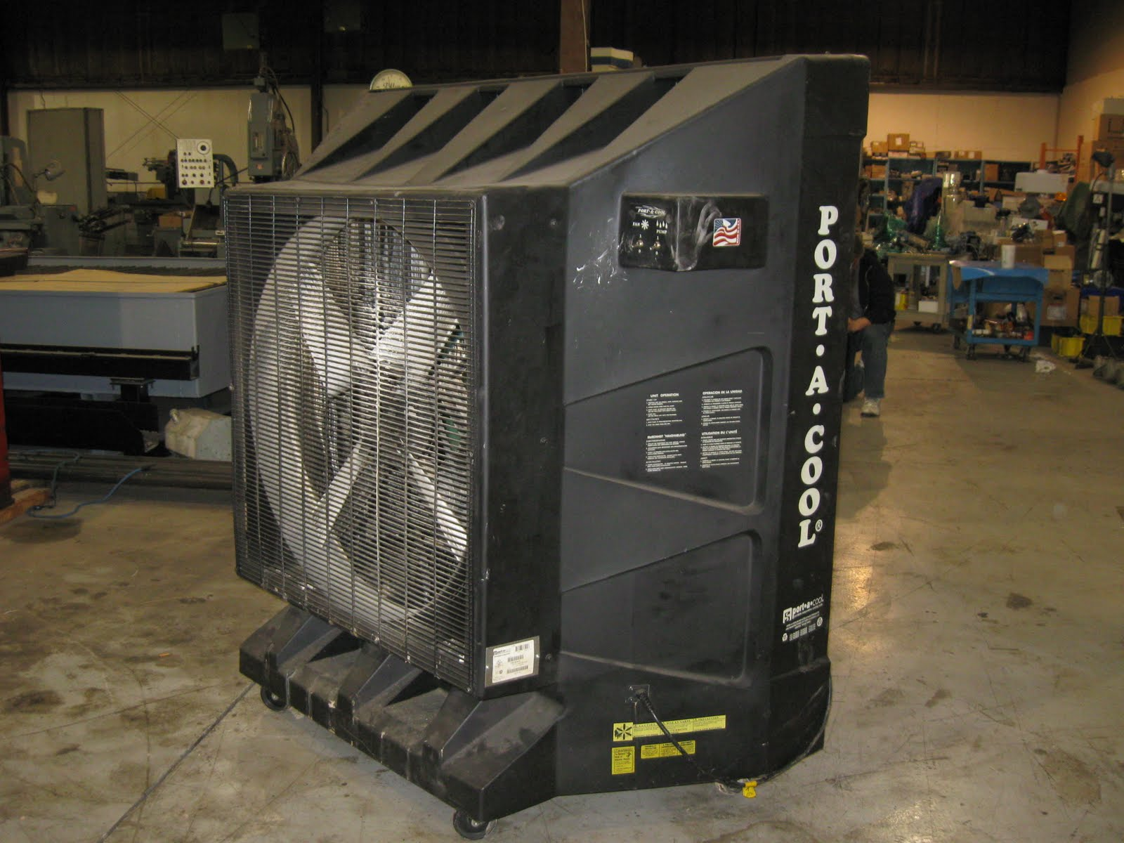 Industrial Cooling Fans : Portool portable evaporative cooling reduce heat stress