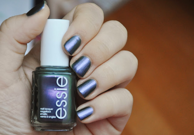 notd essie for the twill of it review swatch