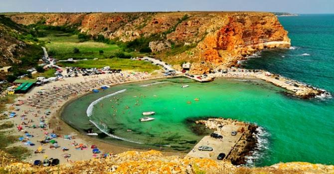 малък красив плаж в България