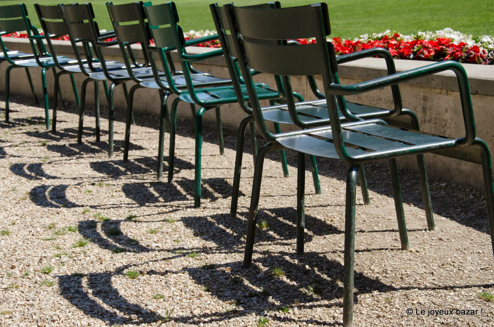 Yerres - propriété Caillebotte - chaises