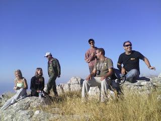 Στή κορυφή τού Μακρυνόρους