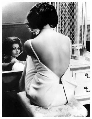 http://vintagelad.tumblr.com/post/45801369627/sophia-loren-c-1960s