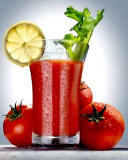 tomato juice with lemon