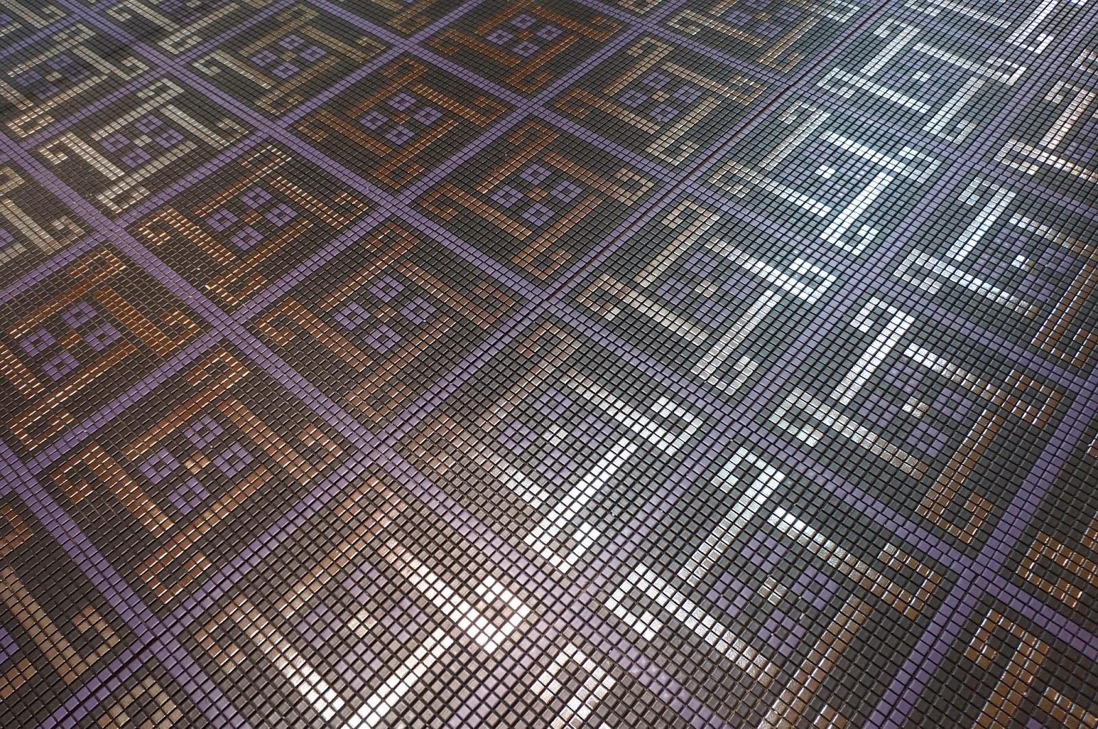 piso da empresa Atlas - Expo Revestir 2014