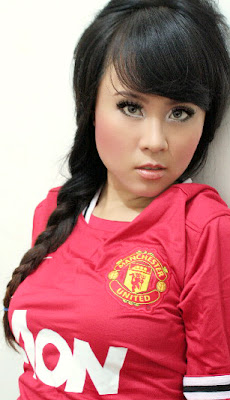 An interview with Manchester United Girl
