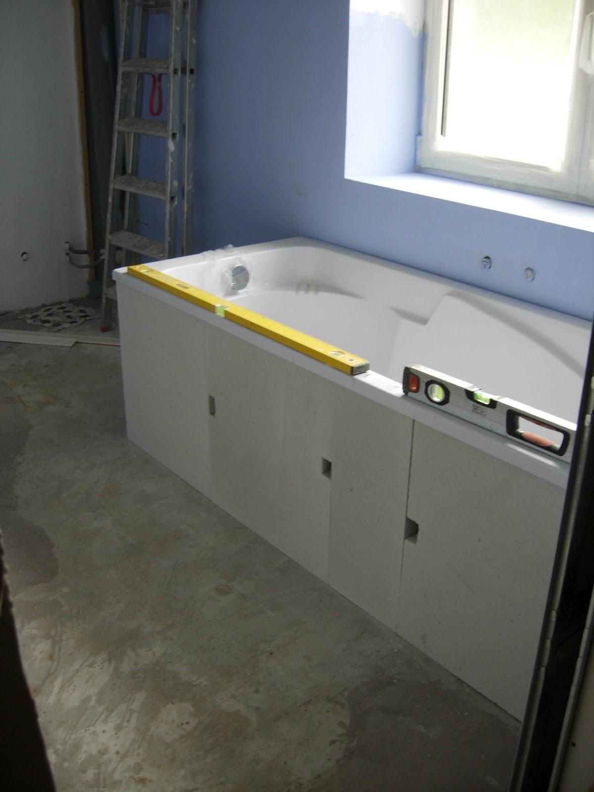 Notre maison nos travaux 2 me partie - Tablier de baignoire pvc ...