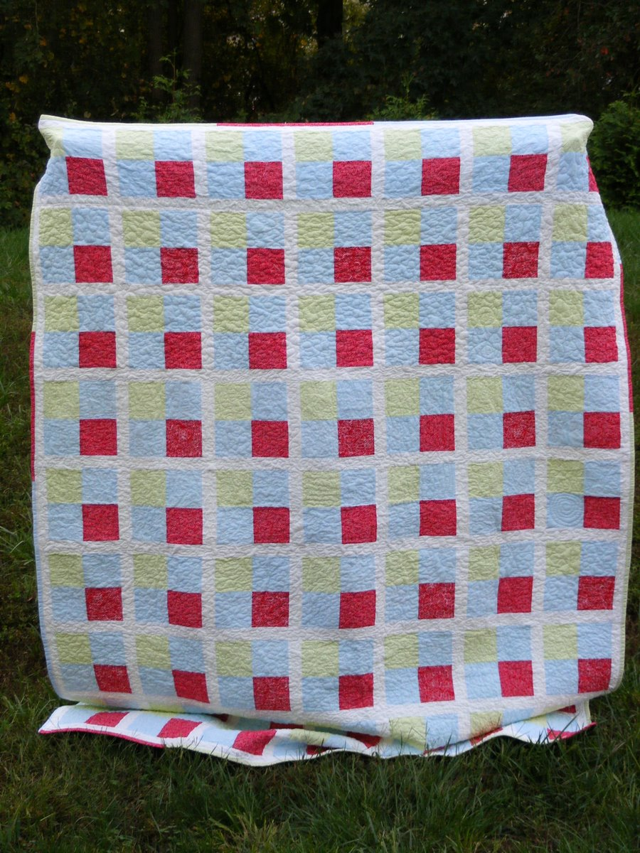 Quilted Cupcake: Four Square Quilt: Done!
