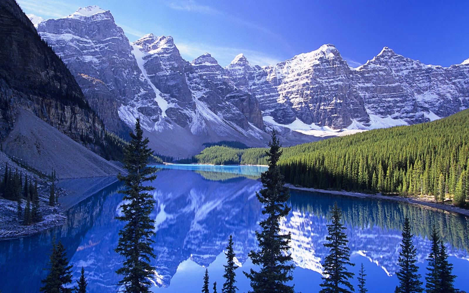 wallpaper pegunungan