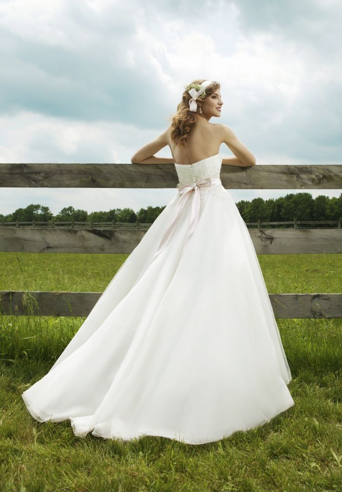 high-low simple wedding dress