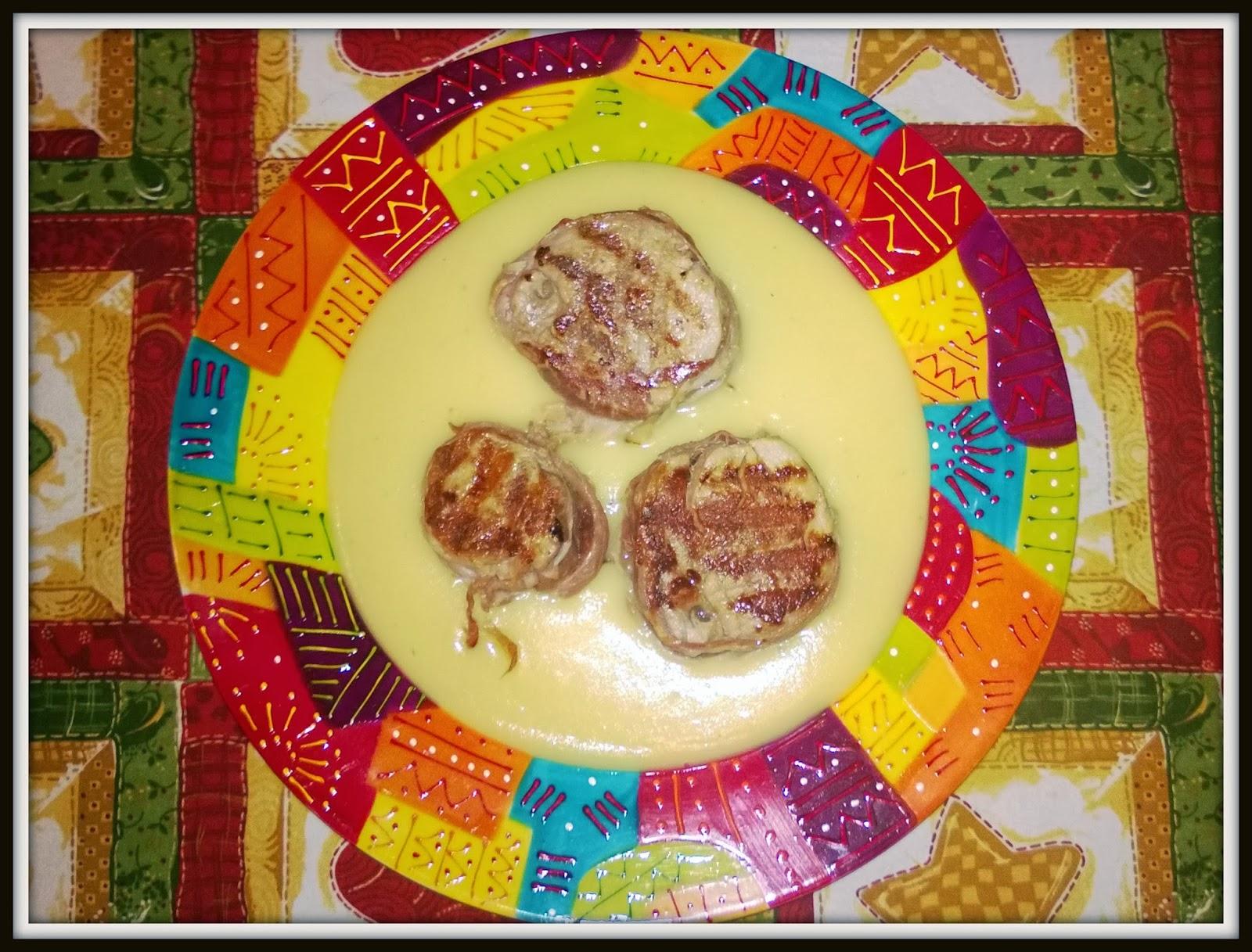 medaglioni di filetto di maiale con zuppetta di patate all'arancia