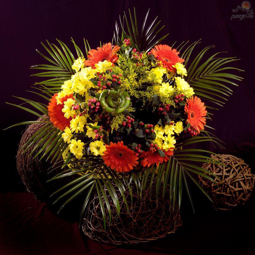 La multi ani Cristina( Ducess) Aranjament_floral_38
