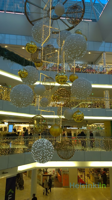 Christmas decoration at Forum