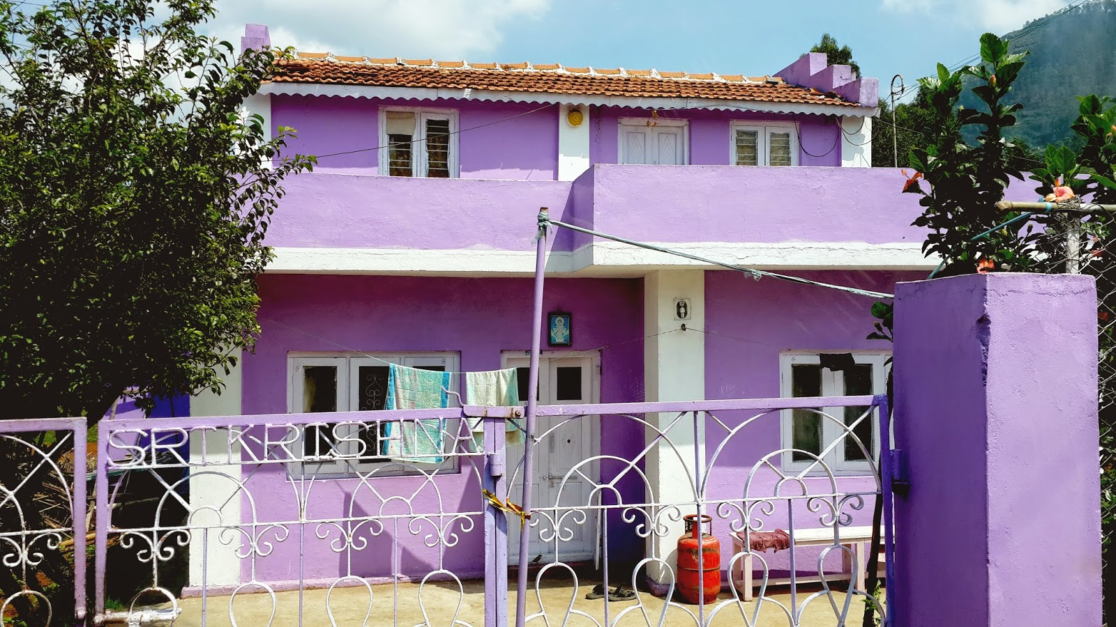 Take diversion the colour purple for House garden design india