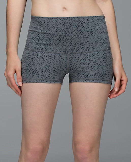 lululemon coal dottie-dash boogie shorts