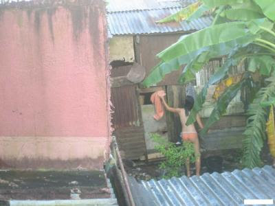 Ngintip Orang Pipis http://www.indonude.info/2012/12/hot-indonesian-hidden-camera.html