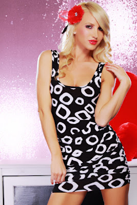 http://www.amiclubwear.com/clothing-dress-j2-1568blackwhite.html