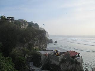 Wisata Pantai Suluban