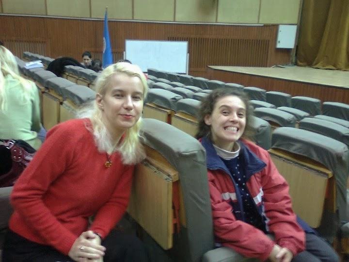 Olivia Maria Marcov si Laura Gabriela Cristea in Aparatorii Patriei anul IV 2008 2009