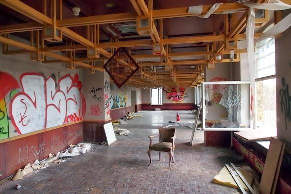 spooky urbex hotel