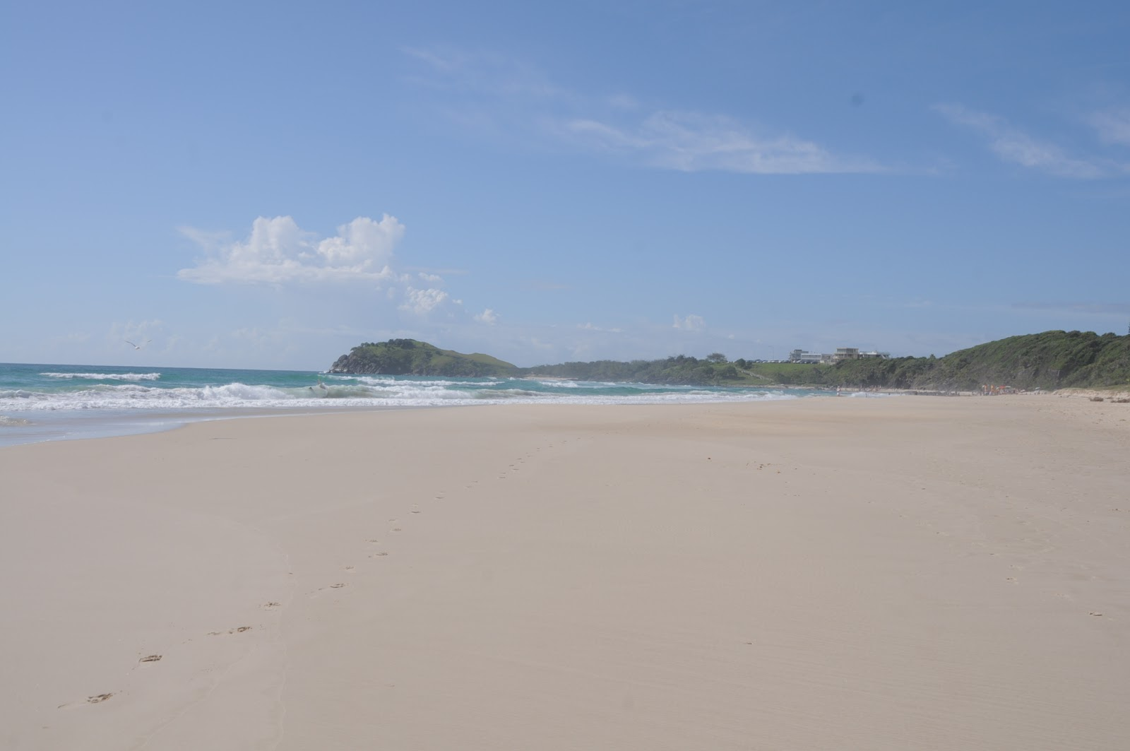 Model  Visitign The Whitsundays Surfing On The Gold Coast And Sunshine