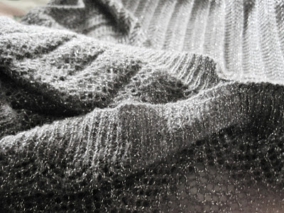 Knitting Overcast Stitch : The Lady n The Tramp: DIY: How to Turn Your Regular Scarf Into a Circle ...