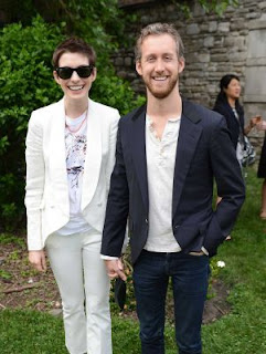 Anne Hathaway and Adam Shulman get married
