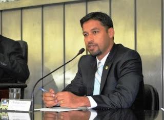Deputado Estadual Rodrigo Cunha lança concurso para professores