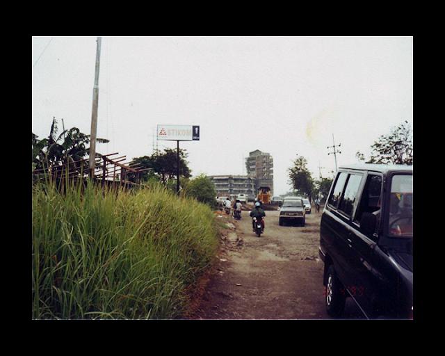pembangunan stikom surabaya gedung 1 di kedung baruk