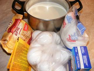 ingrediente tort, torturi, retete torturi, prajituri, dulciuri, retete de prajituri, retete de torturi, ingrediente torturi, retete culinare, preparate culinare, tort cu mere, tort de mere, prajitura de mere, prajitura cu mere, crema de zahar ars, tort de mere cu crema de zahar ars,