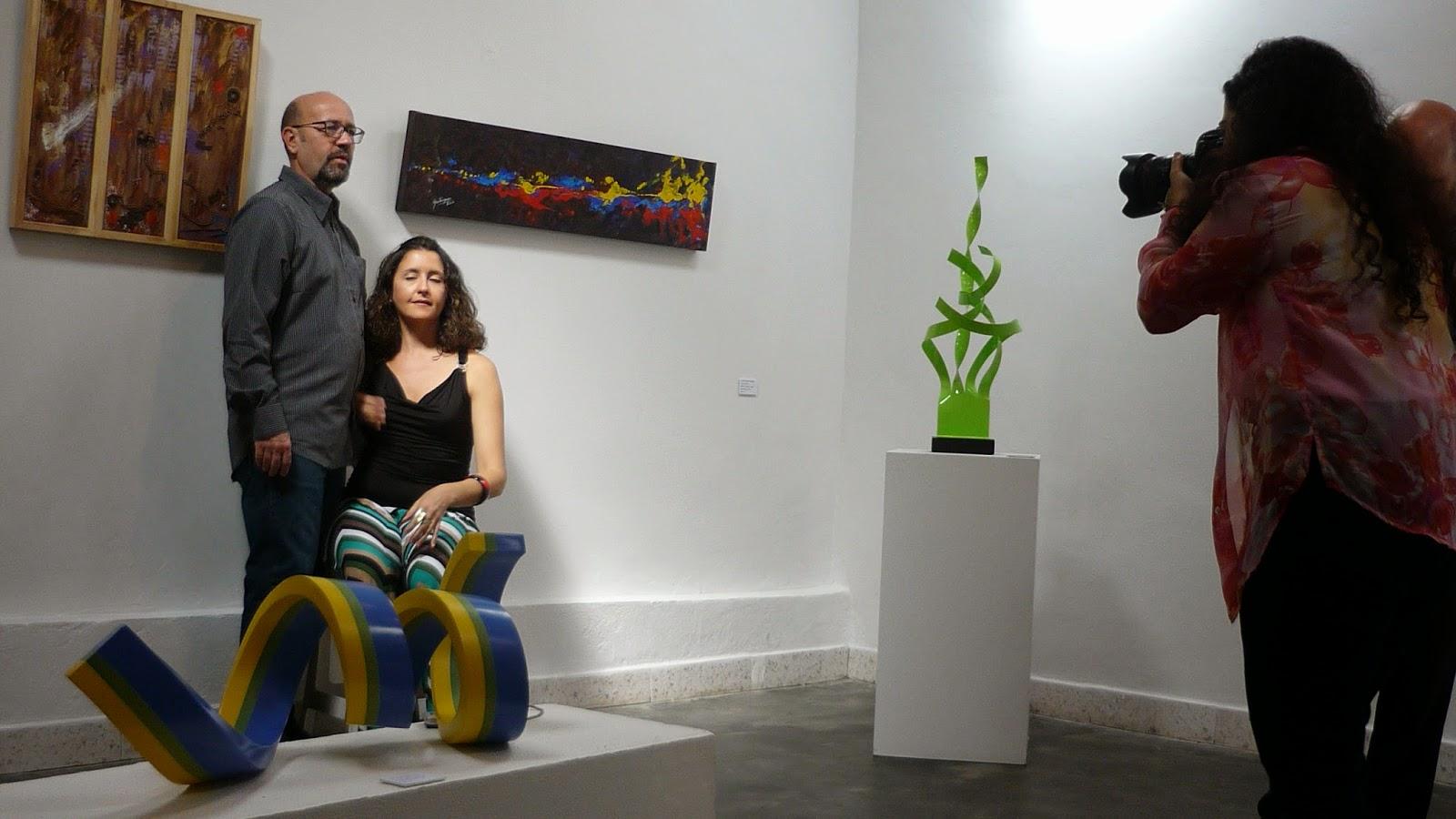 """Elena Fernández """"Ventana"""" y Carlos Solórzano """"Patria"""" Pintura"""