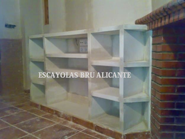 mueble de escayola a medida instalado en elche - Muebles De Escayola