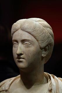 Brutia Crispina, esposa de  Cómodo - a. 164-182 o 187 d.C. (2)