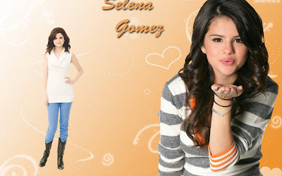 Selena Gomez-Teen Cute Girl Wallpaper