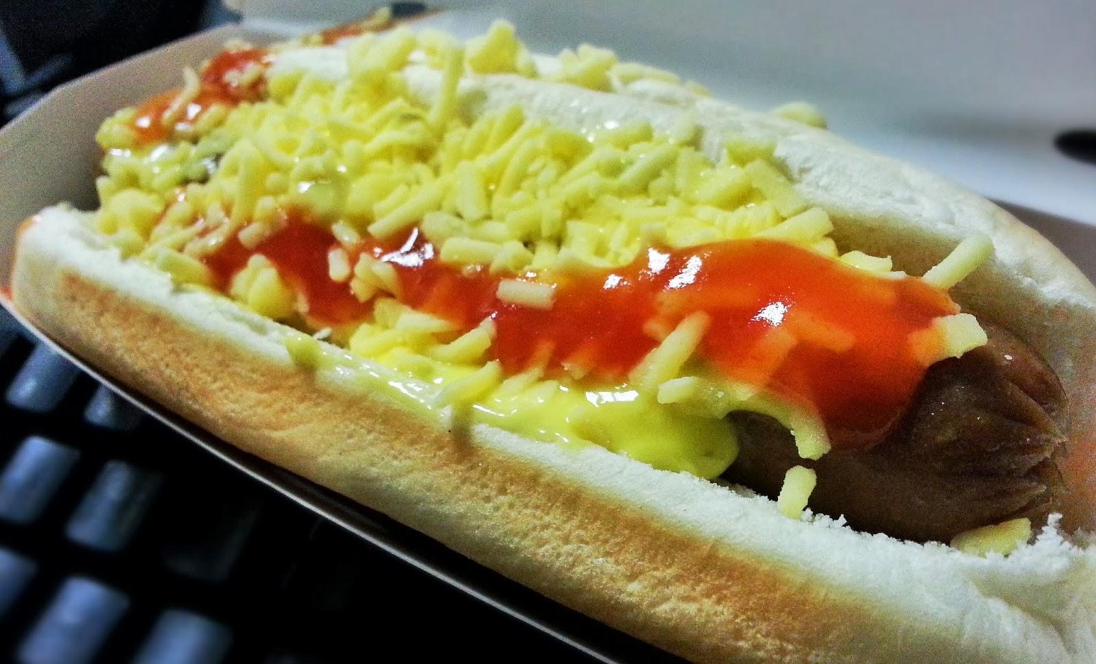 Jollibee's Jolly Hotdog