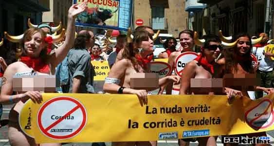 Running Of The Nudes Kejuaraan Balap Lari Telanjang (Spanish)