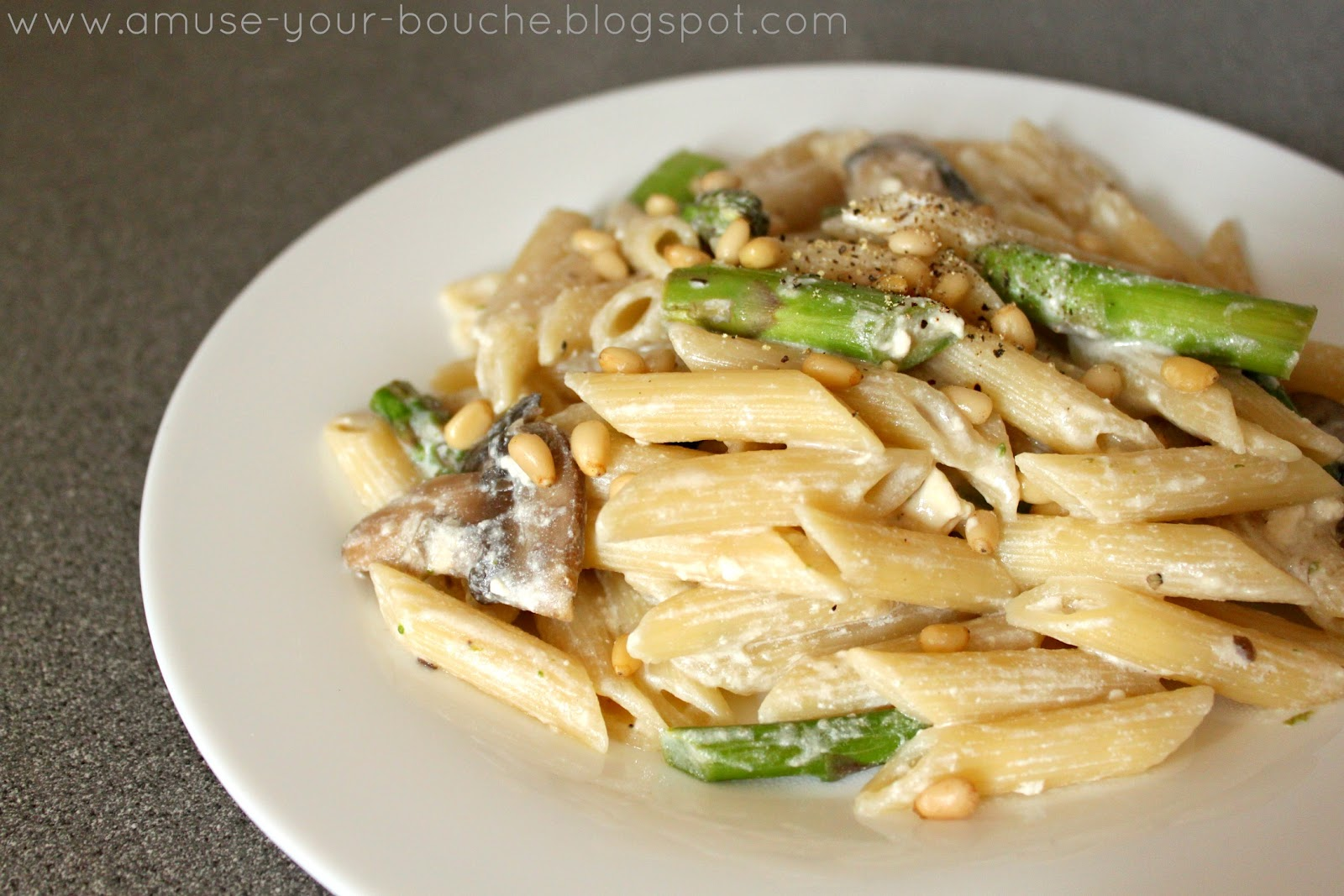 Creamy lemon pasta with asparagus, mushrooms and feta - Amuse Your ...