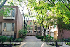 3 Bed Townhome in Lincoln Park